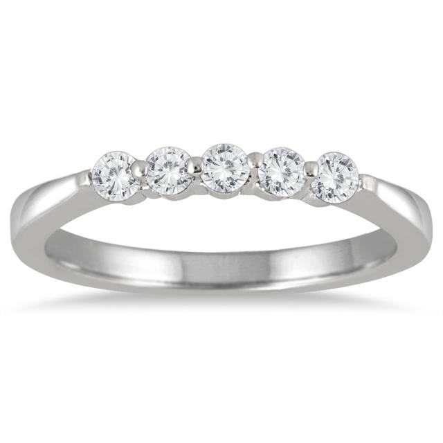DIAMONDS_WHITE_GOLD_WEDDING_BAND