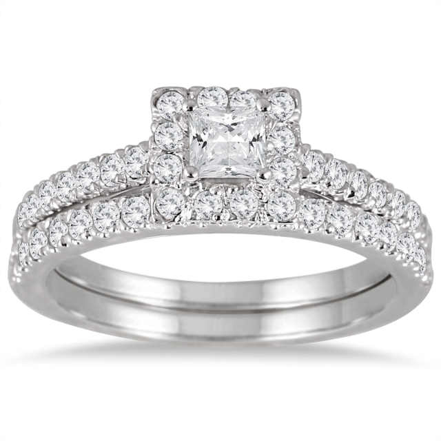 Szul_PRINCESS_CUT_DIAMOND_Engagement_Ring
